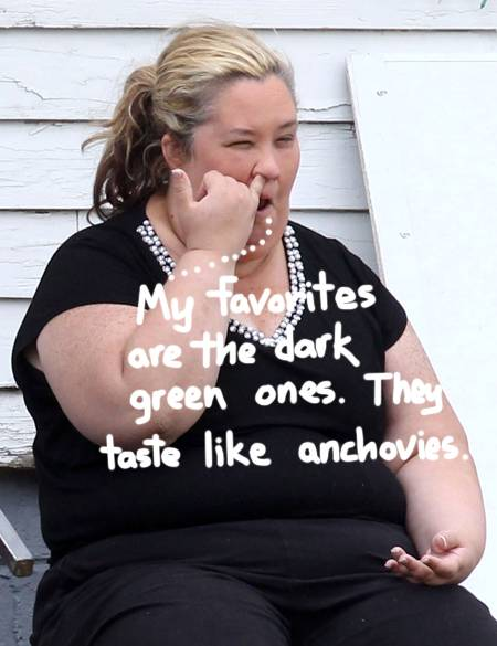 mama-june-picks-her-nose-on-honey-boo-boo-set-03-21-13-famefly-ffn_honey_boo_boo_ff2_exc_032113_51043729__oPt